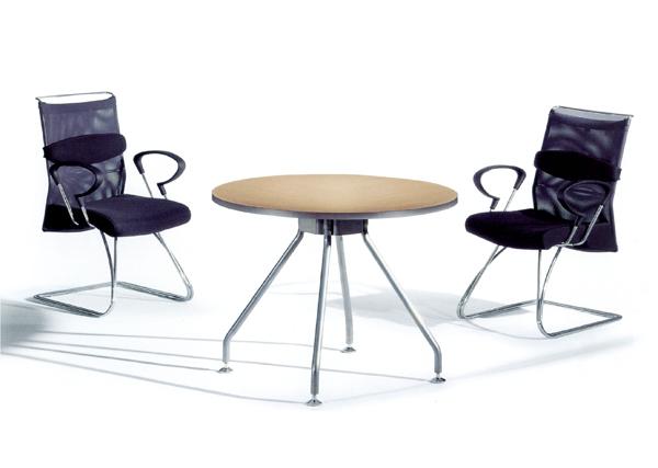 手绘线条图像桌椅